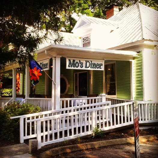 Mo's Diner Gets New Name for the New Year