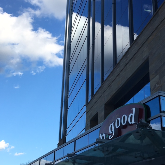 DTRNews.com | Downtown Raleigh News | b.good opens second Raleigh location - the newest finds its home at Charter Square